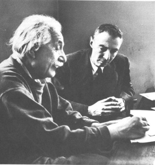 Oppenheimer and Einstein at IAS