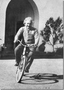 albert-einstein-on-bicycle3